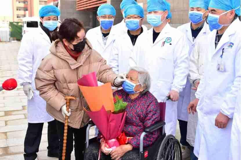 26 مبتلا به کرونا و 66 ناقل خاموش در چین شناسایی شدند اجساد کرونایی از آسایشگاهی در آمریکا کشف شد