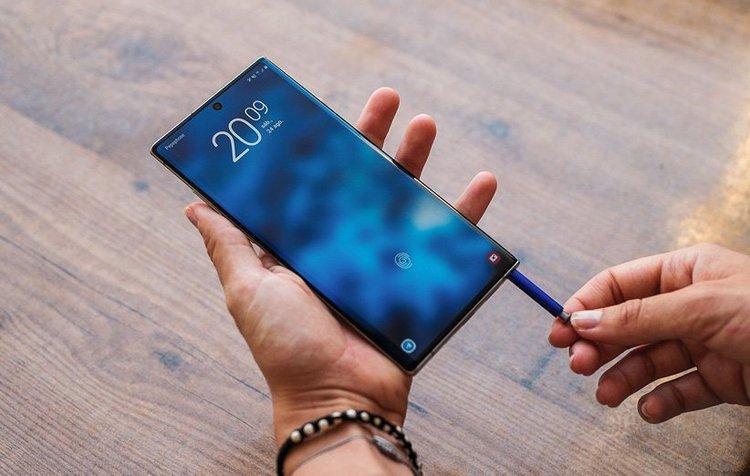 (جدول) قیمت انواع گوشی موبایل سامسونگ، اپل و هوآوی در بازار امروز 7 تیر 99