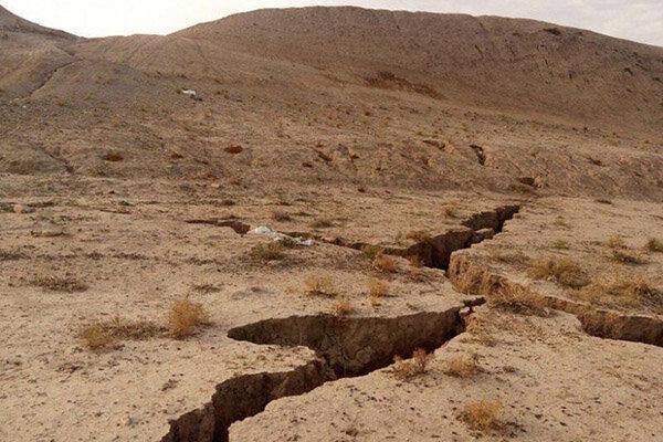استاندار : عظیم ترین نگرانی اصفهان کمبود آب و فرونشست زمین است