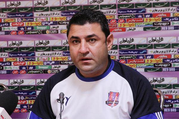 فولاد خوزستان تیمی سازمان یافته است، از عملکرد بازیکنانم راضی هستم