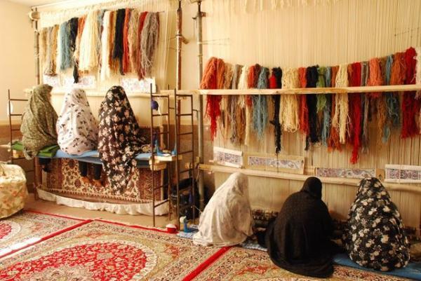 تولید سالانه 200 هزار متر فرش دستباف در یزد
