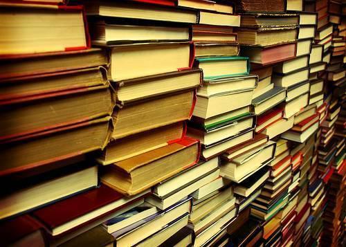 مدرن شدن یا انقراض؟ ، خطر سقوط شبکه های توزیع کتاب، بهای زیست مدرن حوزه نشر