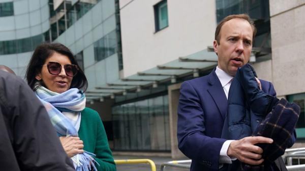 خیانت وزیر بهداشت انگلیس به همسرش